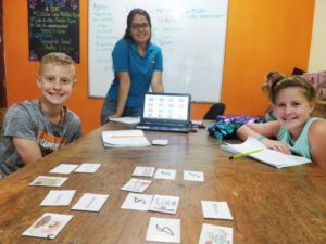 a spanish immersion course for kids at estelar